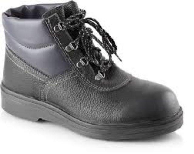 Критерии выбора обуви специального назначения