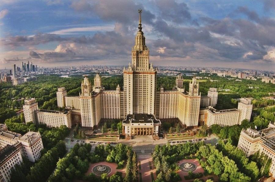 Студенты и преподаватели МГУ посетили ЗЭТО