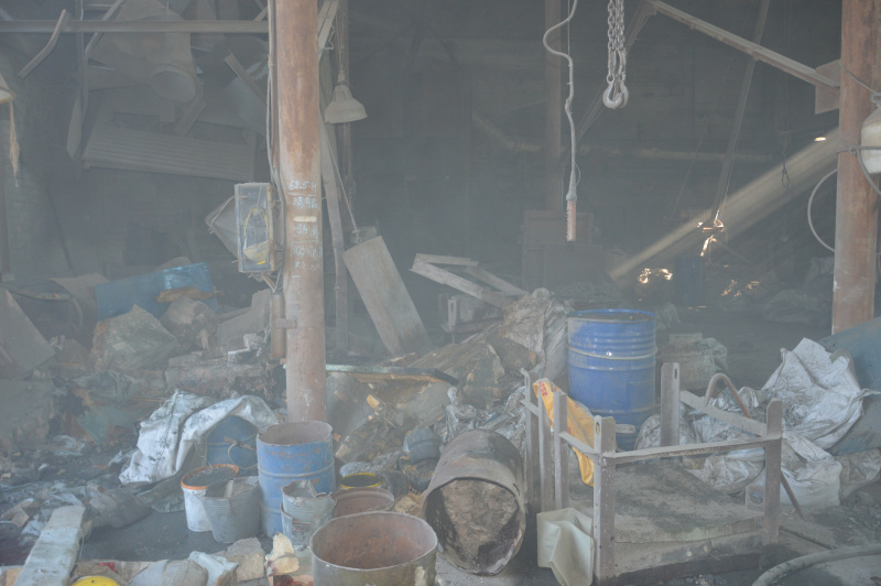В результате взрыва на предприятии в Днепре погибли люди