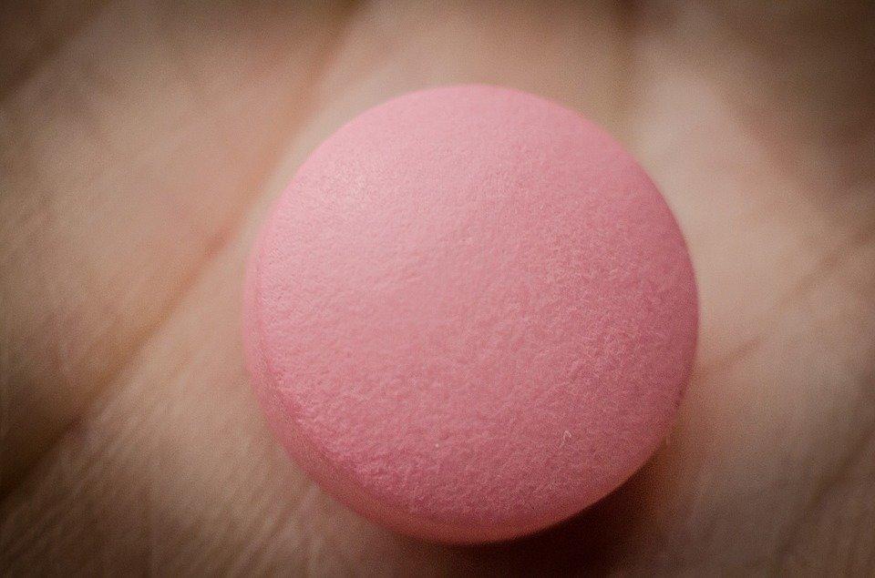 Сколько лекарств купили украинцы в первом полугодии