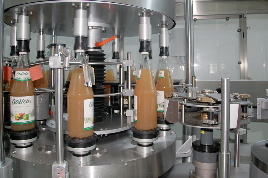 В рік ми переробляємо більше 2 тисяч вагонів лише малини — Тарас Барщовський, соки Galicia