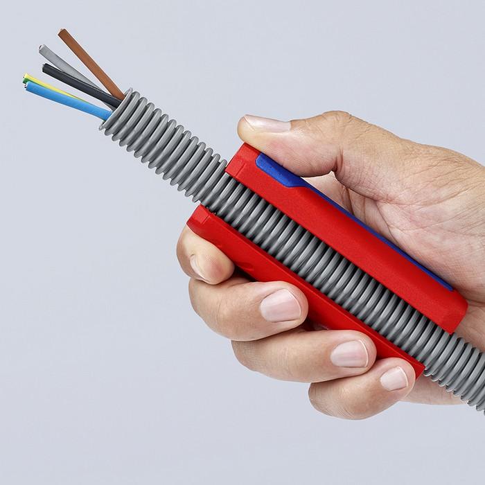 Резка гофротруб с проводкой или протяжкой внутри