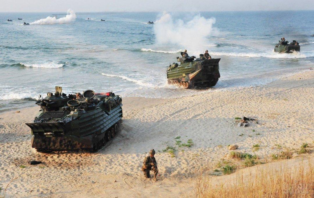"""Порошенко из-за напряжения в Азовском море анонсировал расширение масштабов """"Си Бриз"""""""