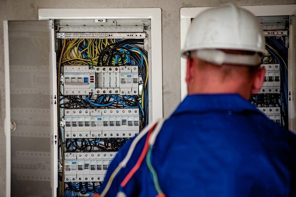 Сколько в Европе платят за электричество