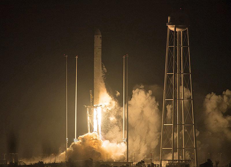 Украинская космическая отрасль увеличила производство продукции и объемы реализации