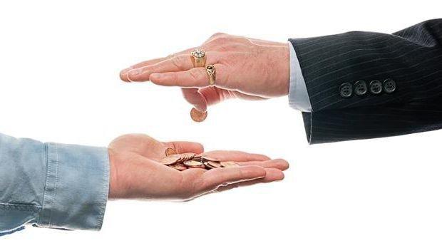 За зарплаты в конвертах работодателей оштрафовали на 843 млн грн