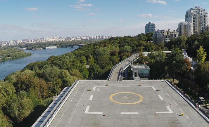 """""""Вертолетную площадку"""" на Парковой аллее передали городским властям"""