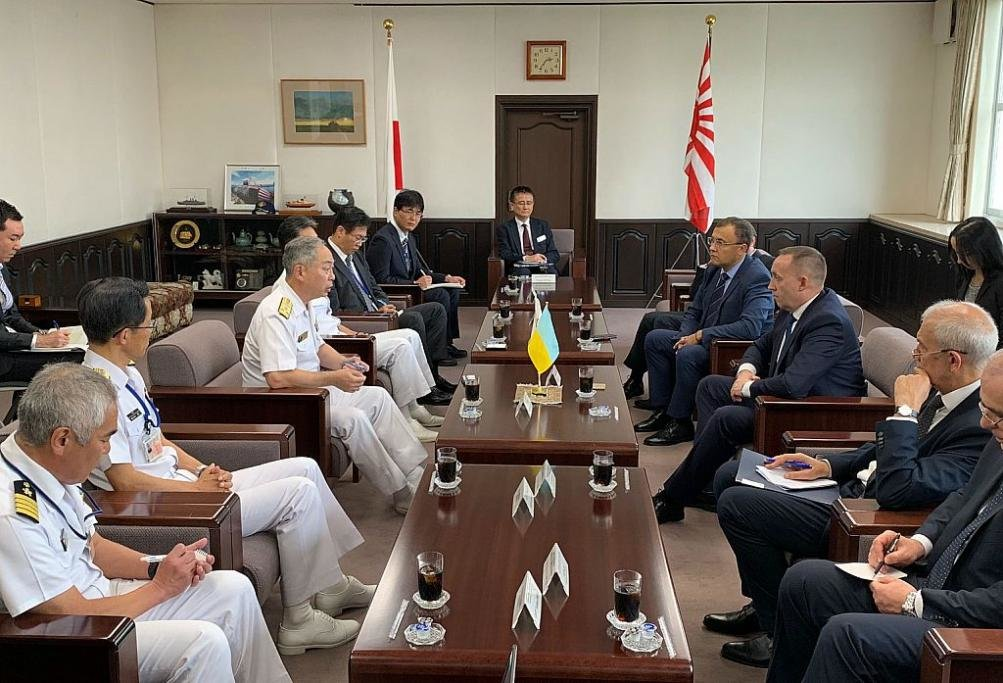 Украина и Япония подписали Меморандум о сотрудничестве в сфере обороны
