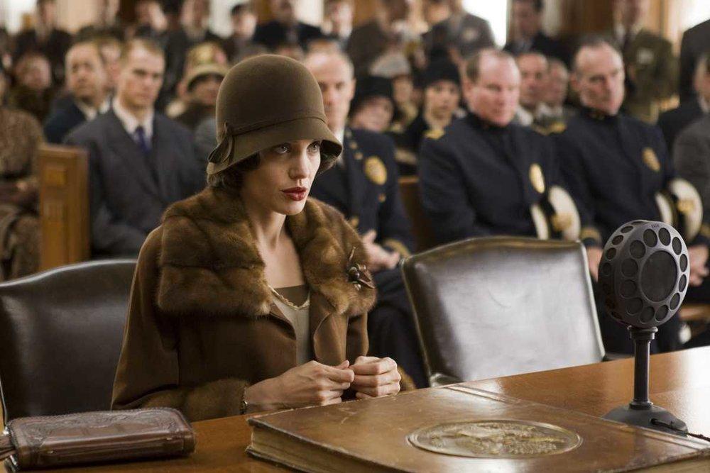 Смотреть сейчас: 10 фильмов о злоупотреблении властью