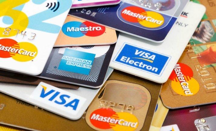 В МЭРТ подготовили график обязательного приема банковских карточек во всех магазинах