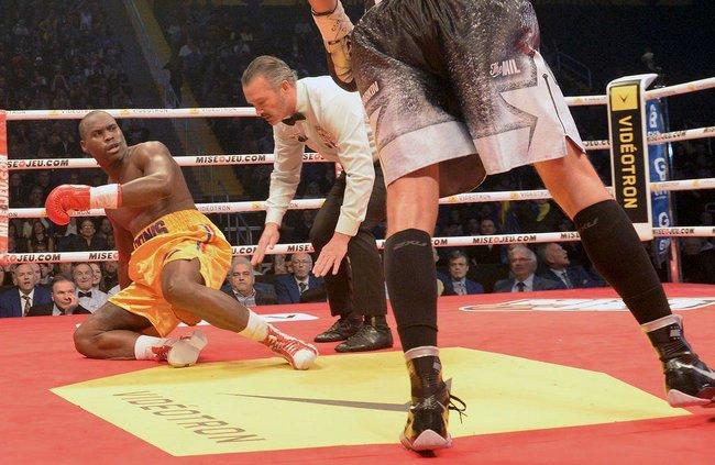 Украинец Гвоздик выиграл титул чемпиона мира по боксу по версии WBC (фото)