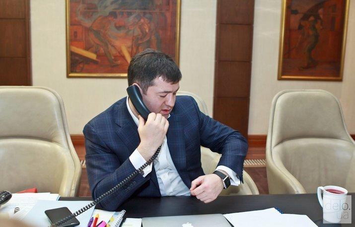 Суд восстановил Насирова на посту главы ГФС — адвокат