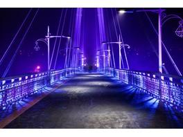 IntiLED реализовал проект освещения моста в подарок влюблённым