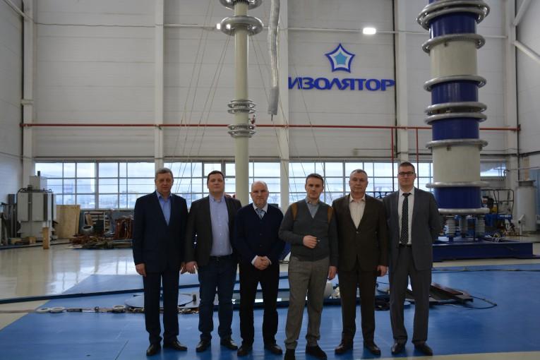 11 марта 2019 года «Изолятор» посетило руководство ГК «Севкабель» и входящего в ее состав НИИ